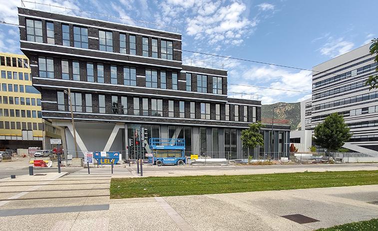 Xenocs Grenoble facade avenue des martyrs