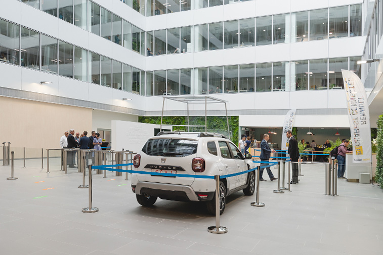 Renault Bucharest Connected (interior) - aotu architecture office ltd.